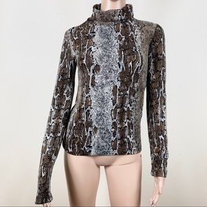 Zara Women's Top shirt snake prints New with tag S